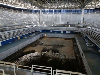 Рио остался с огромными счетами и пустыми стадионами после Олимпиады