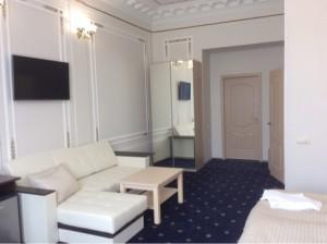 Служебная командировка, подбор гостиницы в Санкт-Петербурге